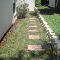 Paver stepping stone and retaining wall Deland Sanford Palm Coast